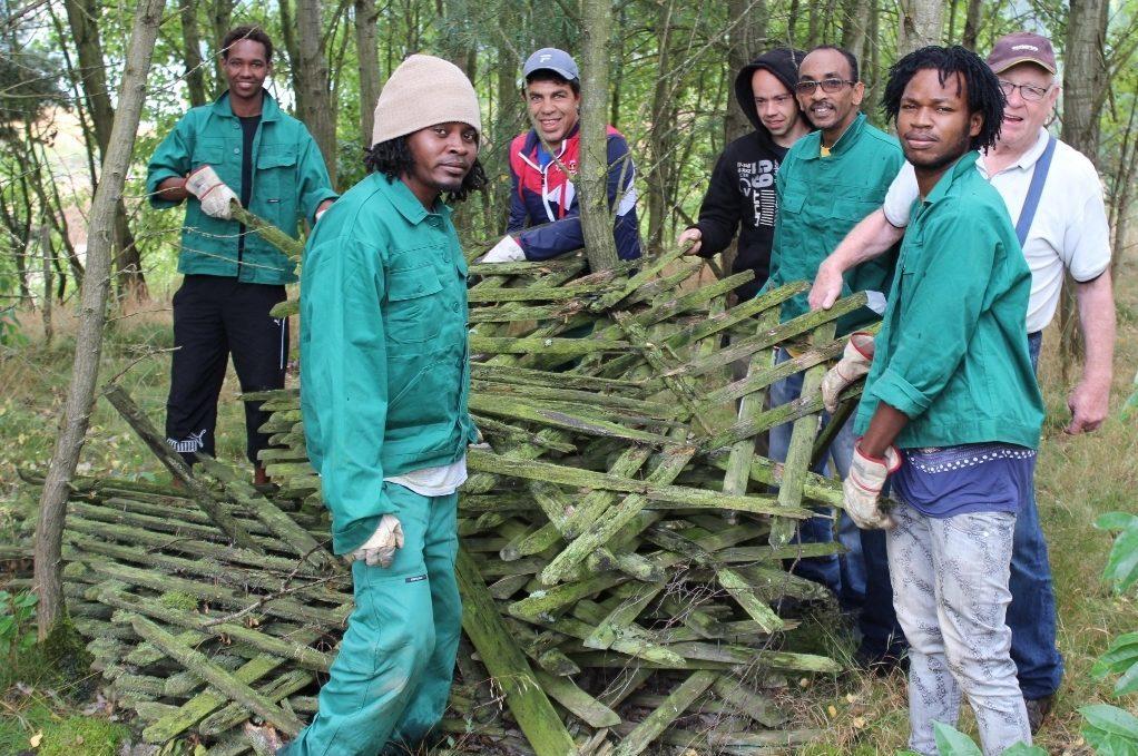 TSV - Flüchtlinge Arbeiten für den Mitgliedsbeitrag